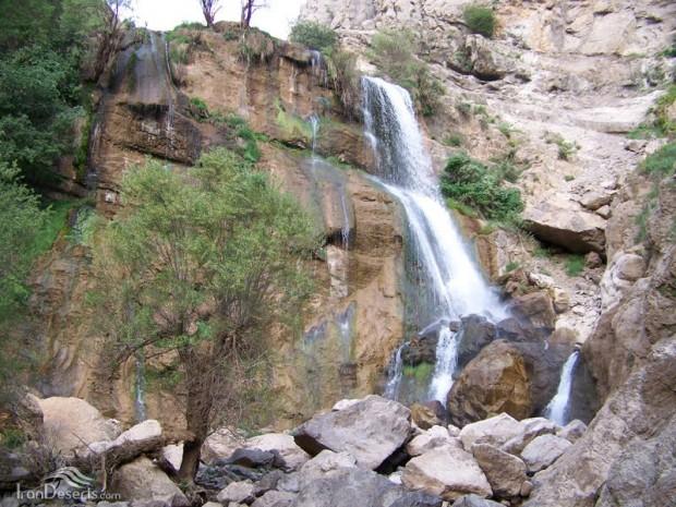 آبشار توف اسپید/منطقه ای بکر و بی نظیر