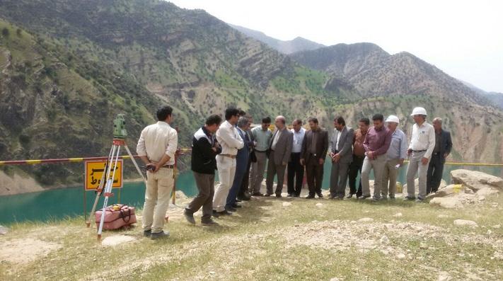 بازدید فرماندار ایذه از پروژه پل سادات/فرماندار جدید ایذه هنوز معرفی نشده