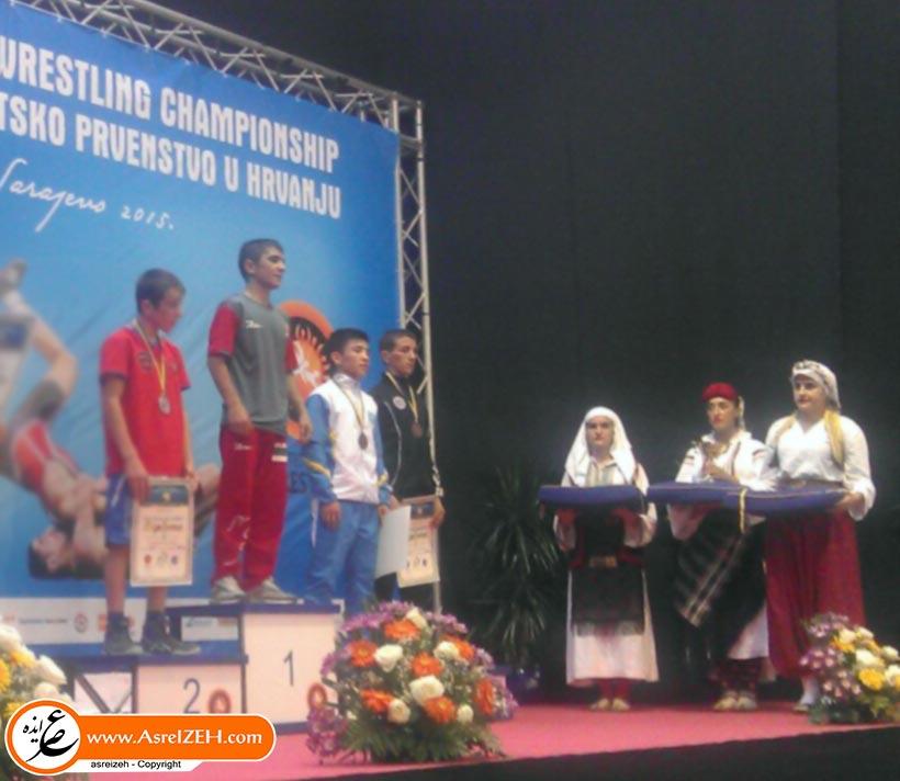 کسب مدال طلا مسابقات جهانی توسط کشتیگیر نوجوان ایذهای+ نتایج و عکس