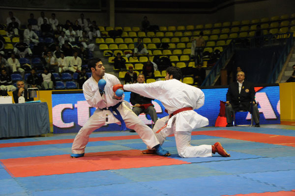 دو طلا و پنج نقره حاصل تلاش کاراته کاران ایذهای در مسابقات کاپ ایران زمین