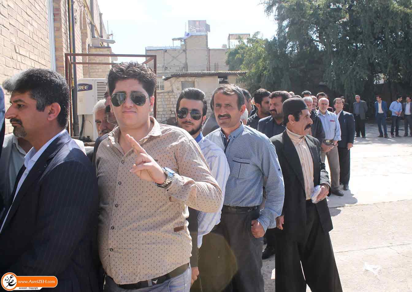 حضور گسترده و کم نظیر مردم ایذه در پای صندوق های رأی + تصاویر