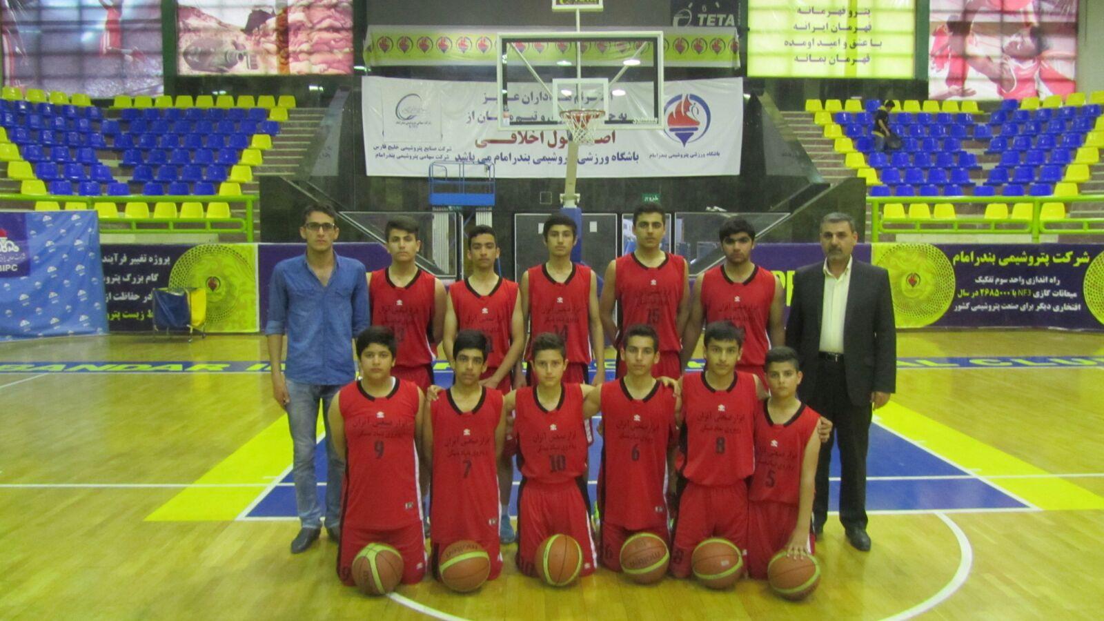 کسب مقام سوم نوجوانان بسکتبالیست ایذهای در مسابقات استان