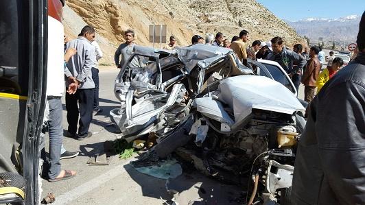 تصادف خونین باز هم در جاده مرگ؛ کشته شدن ۳ سرنشین خودروی پژو + تصاویر