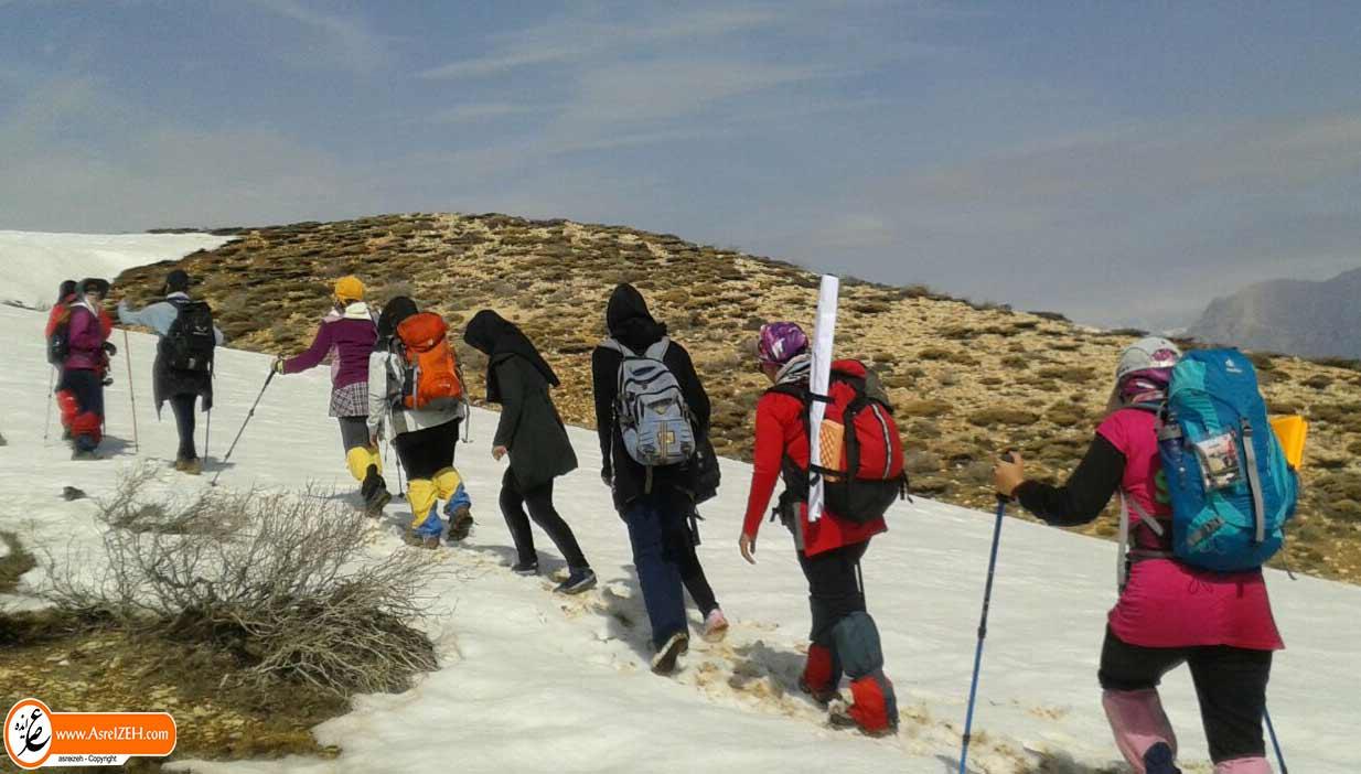 فتح ارتفاعات کوه سفید دهدز توسط بانوان کوهنورد استان خوزستان + تصاویر