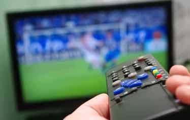 بلاتکلیفی پخش مسابقات یورو ۲۰۱۶ در ایذه و برخی از شهرها