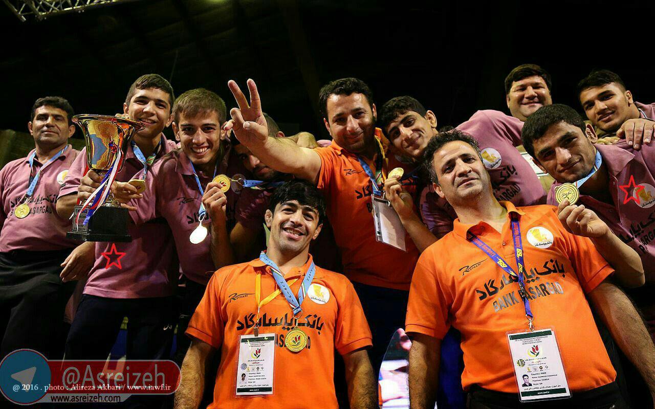 درخشش حسین اسدی و پویا دادمرز در مسابقات کشتی جام شاهد