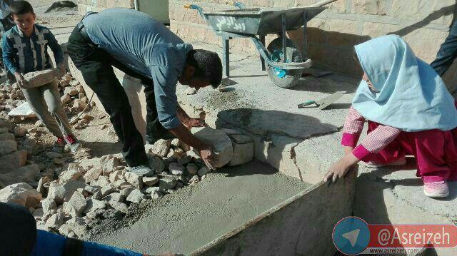 حرکت جهادی یک معلم در روستایی دور افتاده از ایذه + عکس