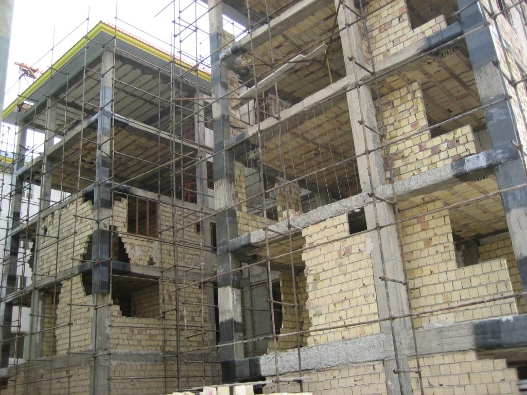 کارگاههای ساختمانی حادثه خیز در ایذه تعطیل میشوند