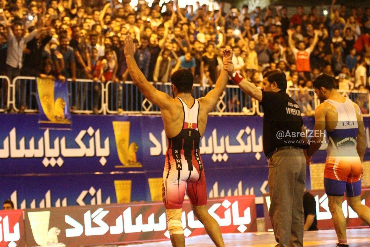 سیناصنعت با حمایت هوادارانش نسخه پیام نور خوزستان را پیچید