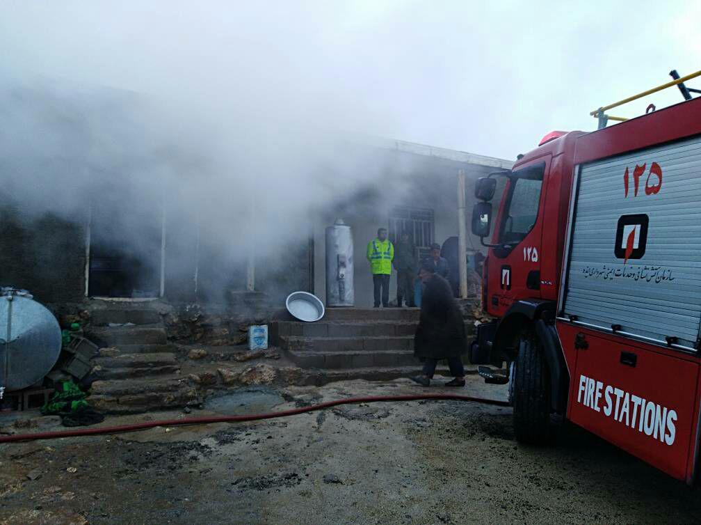 صاعقه خانهای را در روستای سراک ایذه ویران کرد