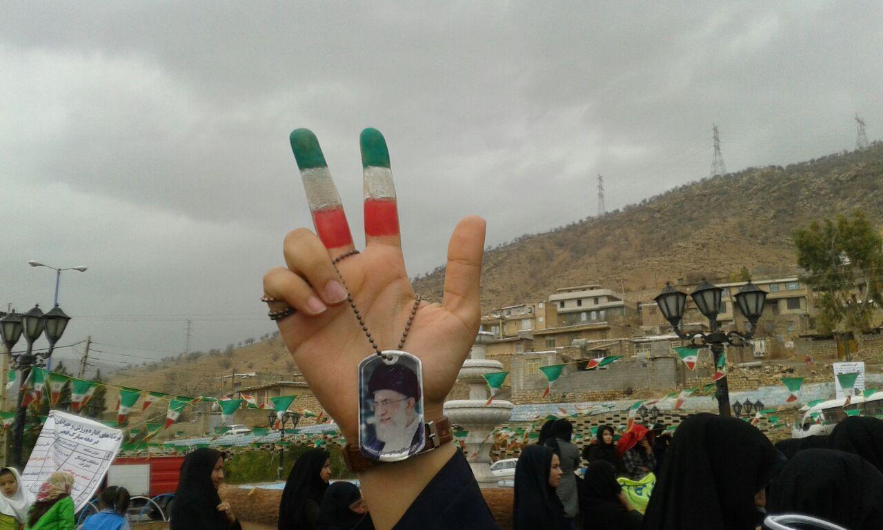 گزارش تصویری حضور مردم دهدز در راهپیمایی ۲۲بهمن