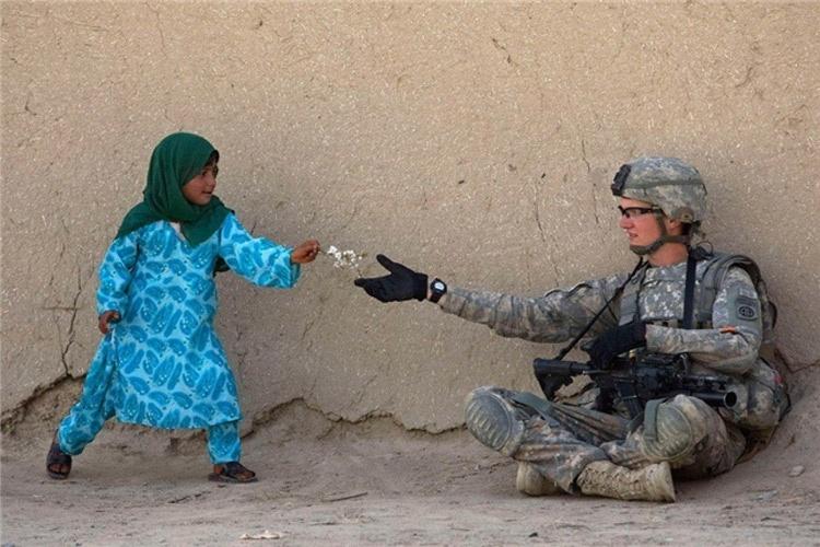 تصاویری جالب که نشان میدهند انسانیت هنوز هم زنده است
